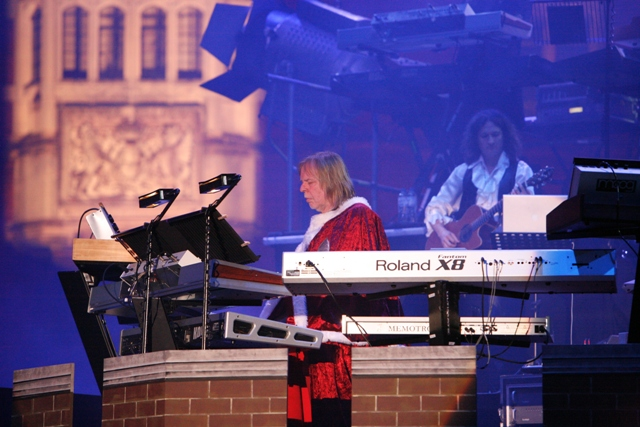 rick wakeman concert at Hampton Court 3
