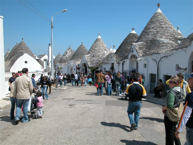 Alberobello Easter 2007