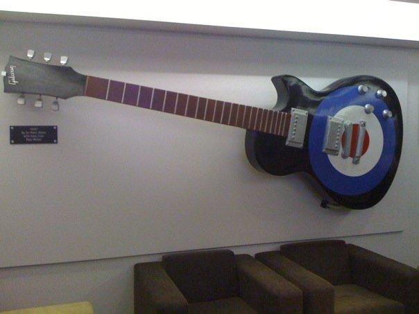 Peter Blake guitar