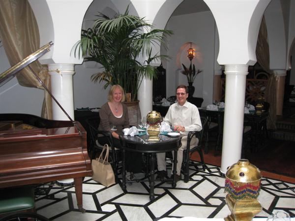 casablanca: rick's cafe inside