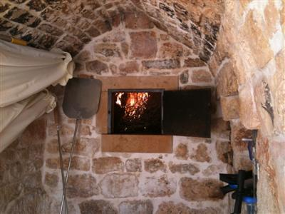 the forno a legno (wood burning oven) fired up for the first time
