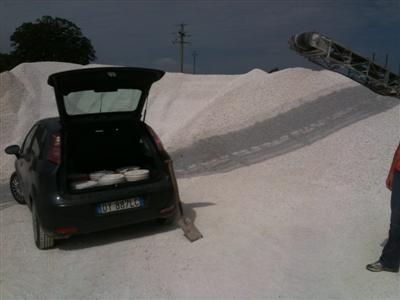 collecting gravel from a quarry in a Fiat Punto
