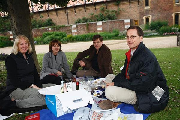 picnic at hampton court