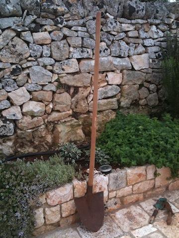 Italian spade