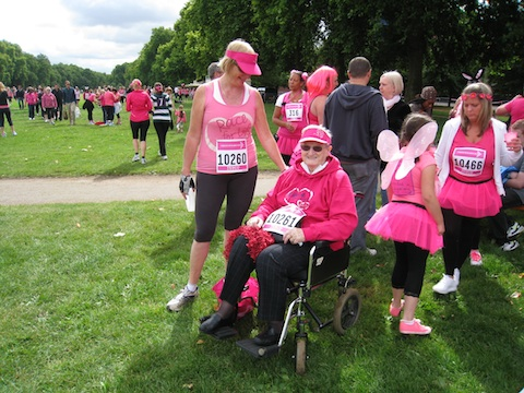 Race for Life - Hyde Park 2011 - 01