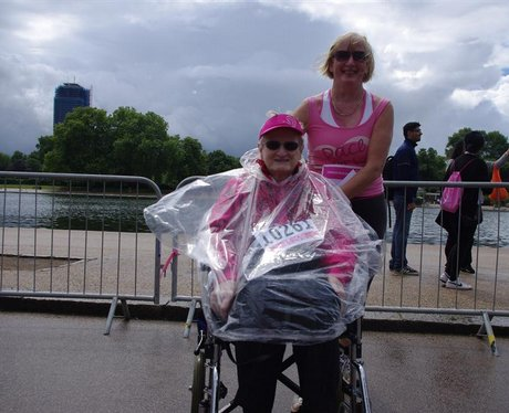 Race for Life - Hyde Park 2011 - 05