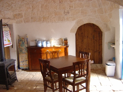 trulli dining room / kitchen
